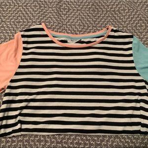 UO women's Color block shirt